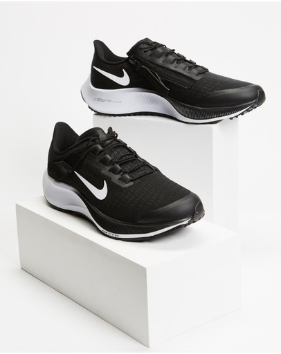 Nike - Air Zoom Pegasus 37 Flyease - Women's