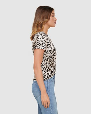 Forever New Whitney Twist Front Crop Tee - T-Shirts & Singlets (Serval Animal Spot)