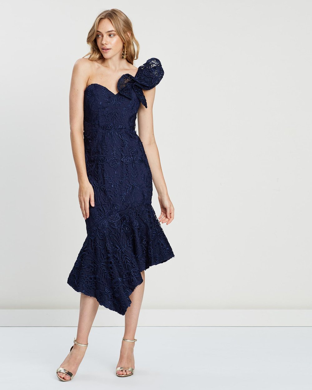872ca3180ce04 Envy Ruffle Shoulder Lace Midi Dress by Bariano Online