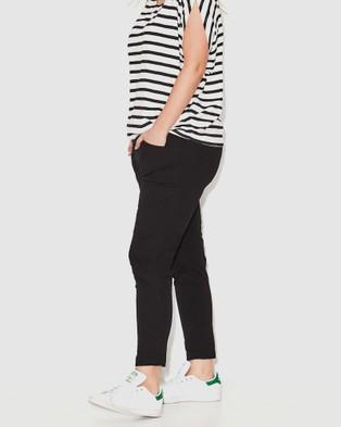 17 Sundays Back To Me Full Length Joggers - Pants (Black)