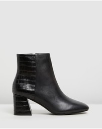 ALDO - Layla Leather Ankle Boots