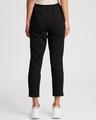 Calli Basic Jogger Pants - Pants (Black)