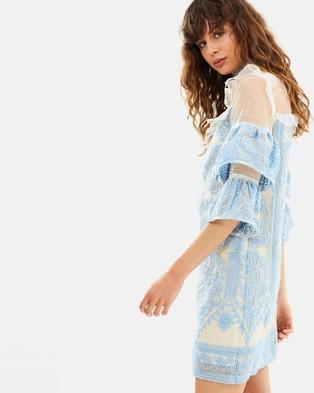 Elliatt – Voltaire Dress Sky