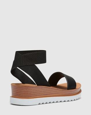 Novo Taken - Sandals (Black)