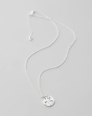 Carly Paiker Sand Dollar Pendant - Jewellery (Silver)