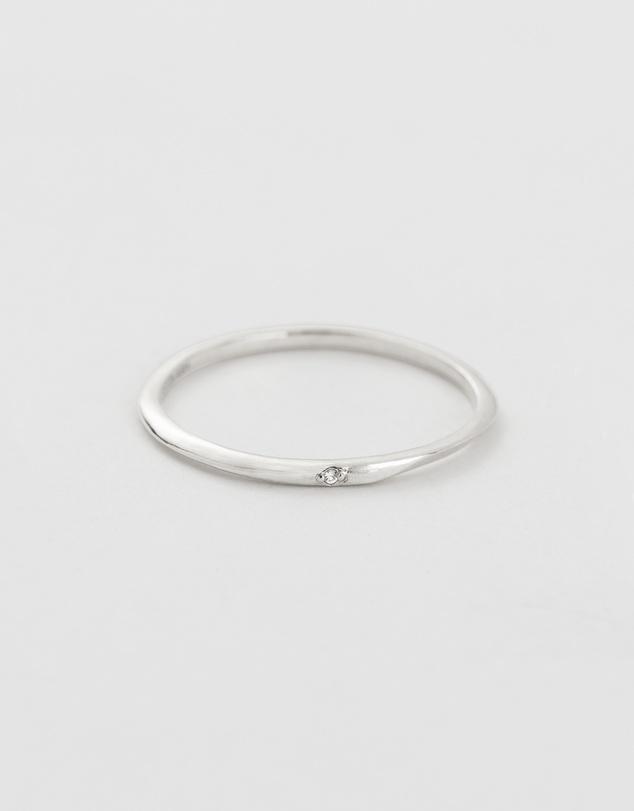 Women Ebb And Flow Diamond Ring