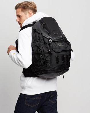 Oakley Kitchen Sink Backpack Outdoors Stealth Black