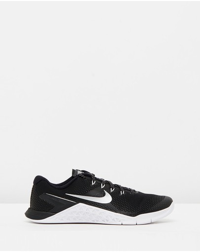 4eec29a8a9a Nike