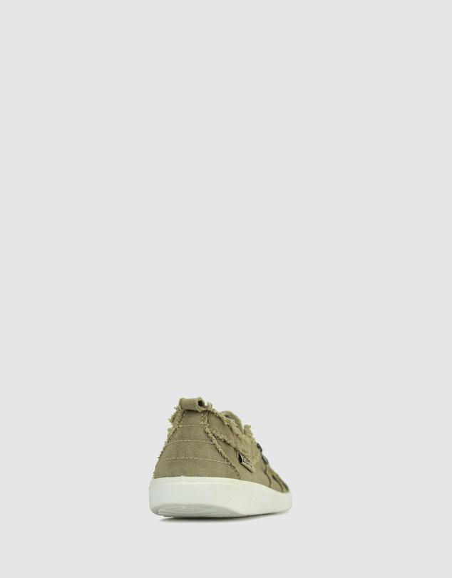 Women Evie Slip On Sneaker