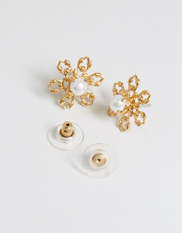 Women Chelsea Stud Earrings