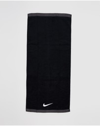 Nike - Fundamental Towel Medium