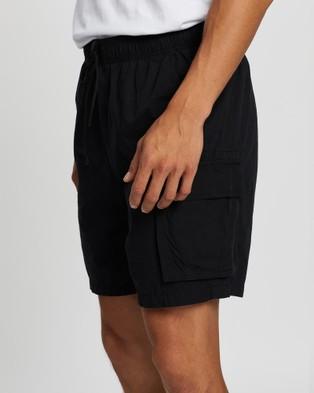 Rusty Safari Elastic Cargo Shorts - Shorts (Black)
