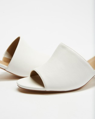 SPURR Lila Mules - Heels (Off White Smooth)