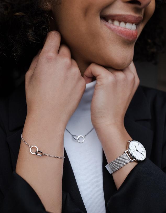 Women Elan Unity Bracelet