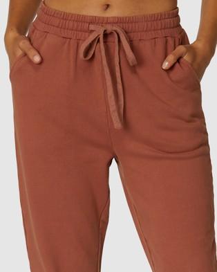 L'urv Full Focus Track Pants - Track Pants (Brown)
