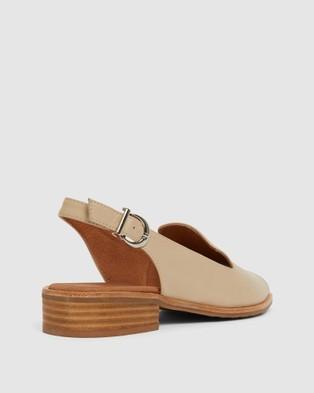 Easy Steps Delaney - Sandals (Neutral)