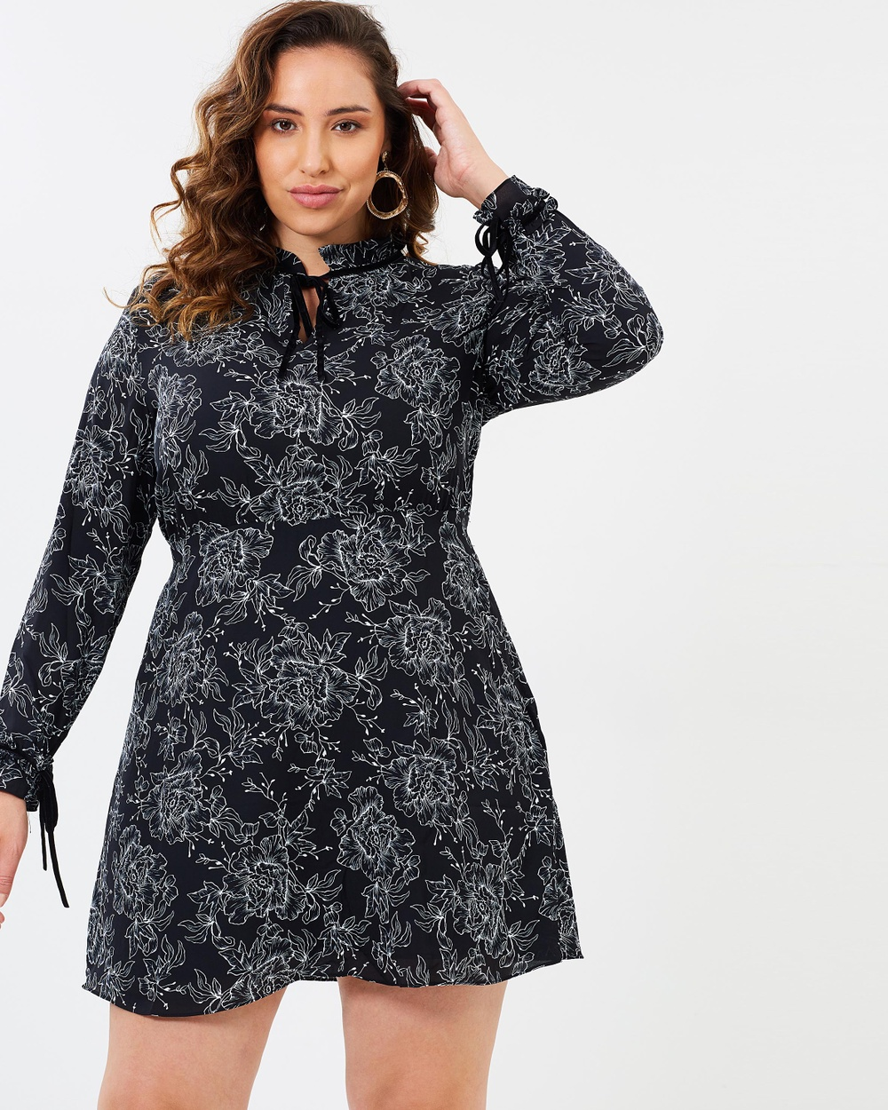 Atmos & Here Curvy ICONIC EXCLUSIVE Genivieve High Neck Dress Printed Dresses Stencil Floral ICONIC EXCLUSIVE Genivieve High Neck Dress