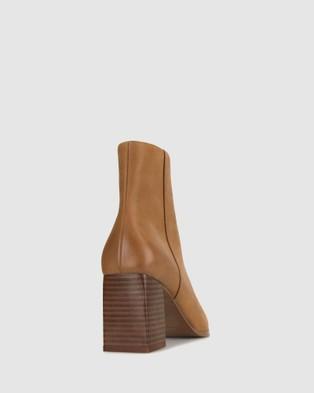 ZU Blake Leather Heeled Boots - Heels (Tan)