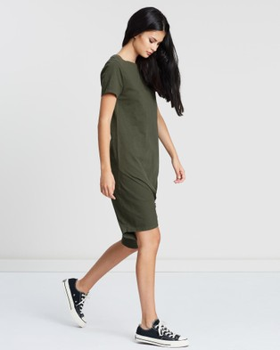 Silent Theory Twisted Tee Dress - Dresses (KHAKI)