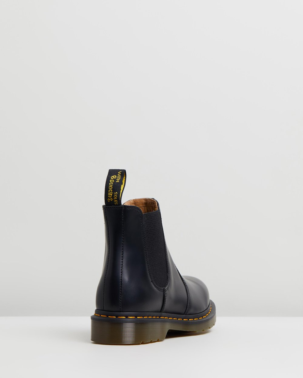 f4c4fa4891e 2976 YS Smooth Chelsea Boots - Unisex by Dr Martens Online | THE ICONIC |  Australia