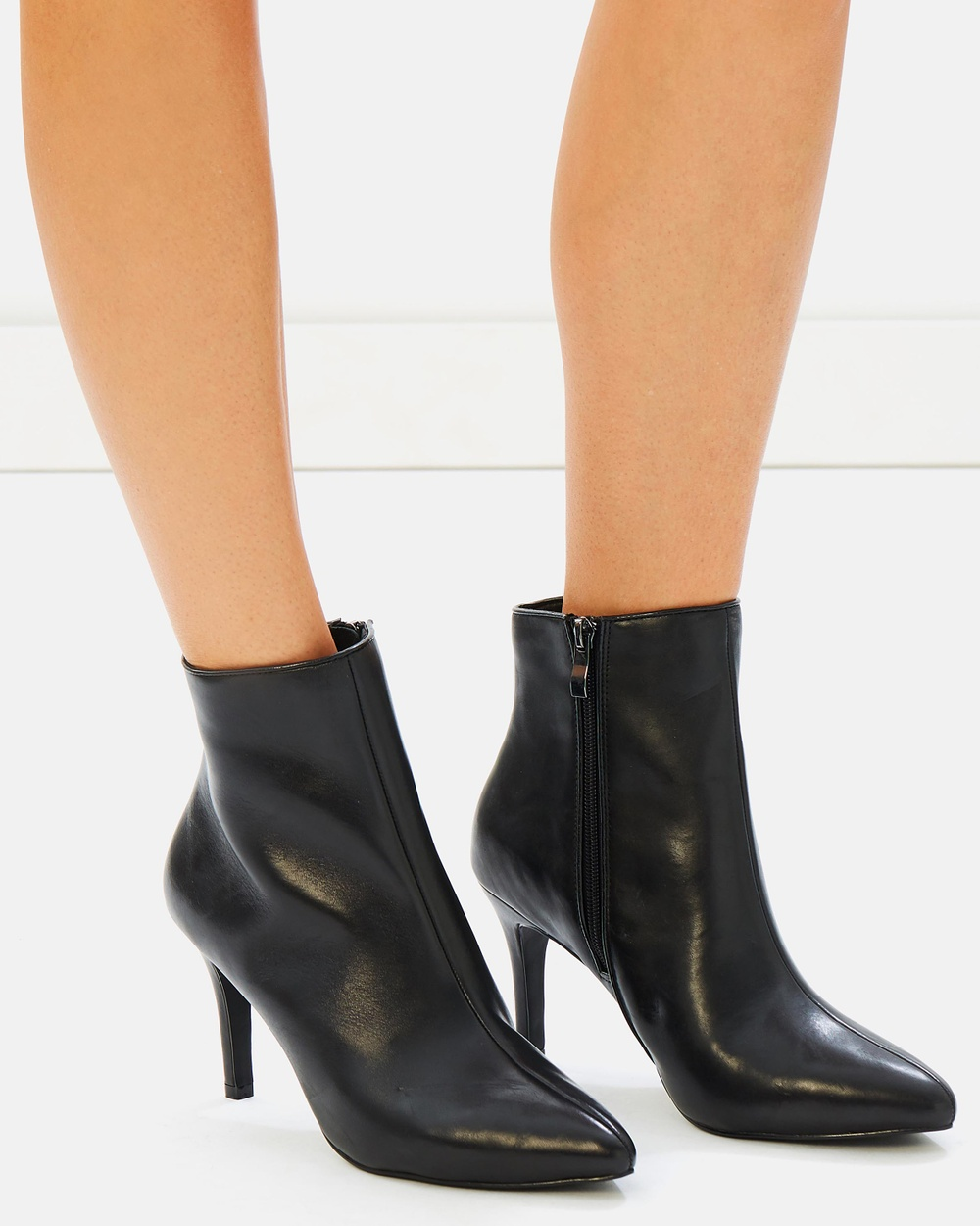Atmos & Here ICONIC EXCLUSIVE Sabrina Leather Ankle Boots All Pumps Black Leather ICONIC EXCLUSIVE Sabrina Leather Ankle Boots