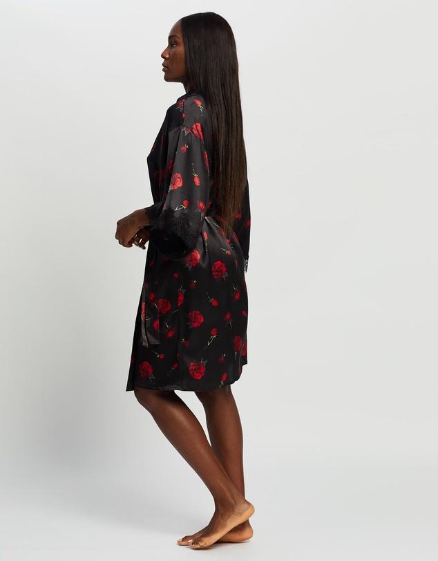 Women Scarlett Kimono
