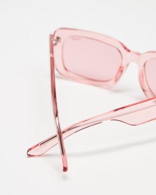 Quay Australia Yada Yada - Sunglasses (Coral & Coral Lens)