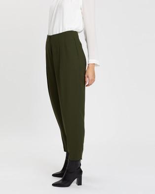 SABA Liza Tuck Front Pants - Pants (Army Green)