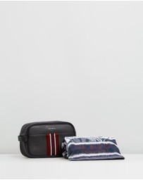 Ted Baker - Smitset Wash Bag and Towel Set