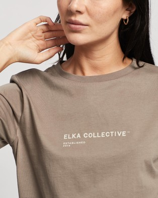 Elka Collective Trademark Tee - T-Shirts & Singlets (Taupe)