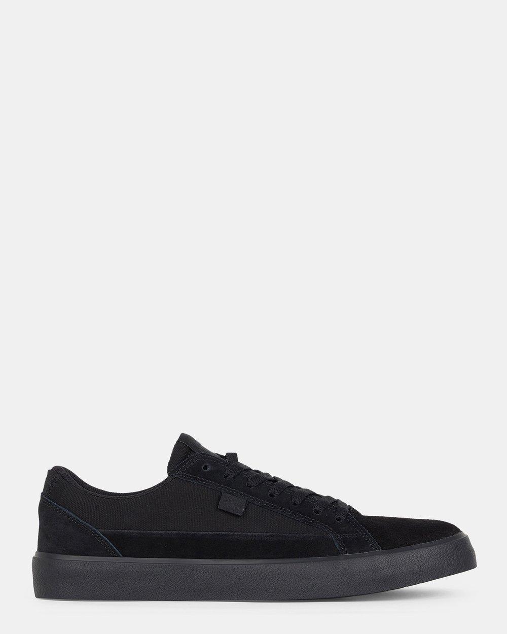 Mens Lynnfield Shoe by DC Shoes Online  d3072f83497