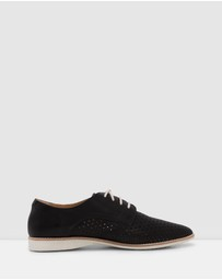 Rollie - Madison Derby Punch Shoes