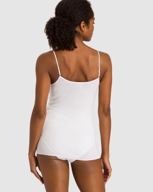 HANRO Cotton Seamless V Neck Spaghetti Top - Lingerie (White)