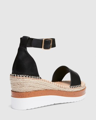 Novo Beckey - Wedges (Black)