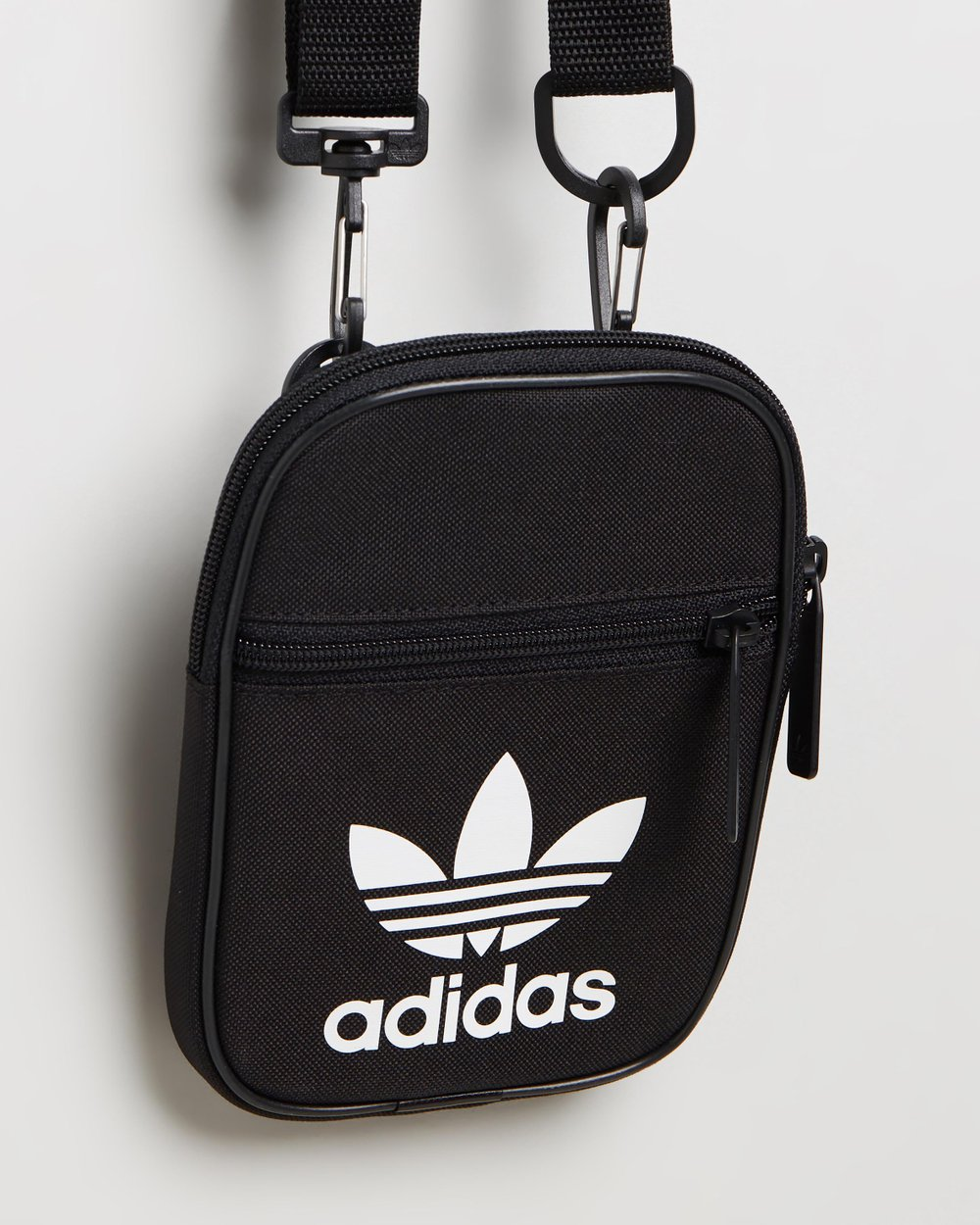 Al por menor moneda recluta  Trefoil Festival Bag by adidas Originals Online | THE ICONIC | Australia