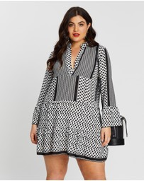 Boohoo - Plus Tribal Print Smock Dress