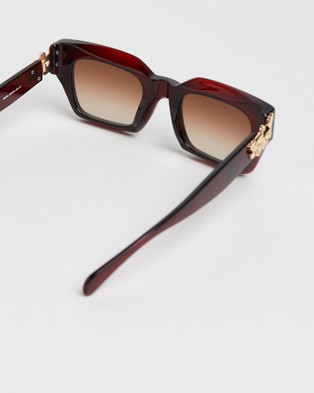 Amber Sceats Sofia Glasses - Square (Red)