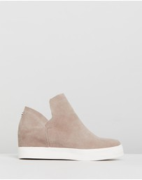 Steve Madden - Wrangle