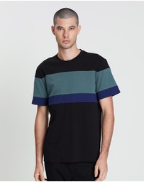 Vince - Engineered Stripe SS Crew