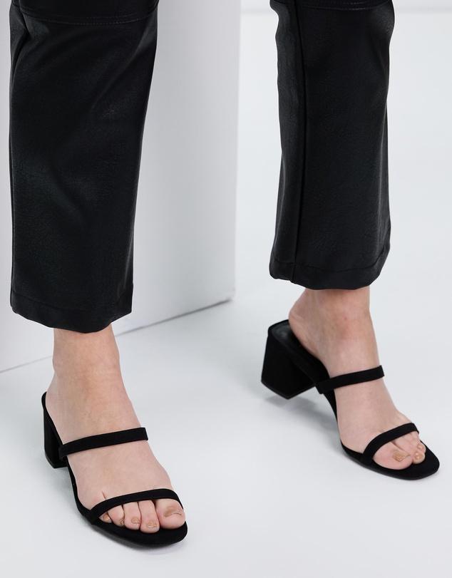 Women Ruth Heels