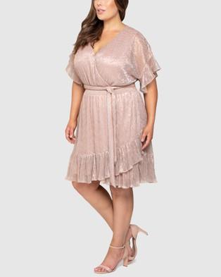 Forever New Curve - Phoebe Curve Metallic Plisse Ruffle Skirt Dress - Dresses (BLUSH) Phoebe Curve Metallic Plisse Ruffle Skirt Dress