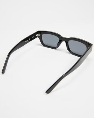 AKILA - Zed Sunglasses (Black)