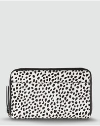 Status Anxiety - Delilah Wallet