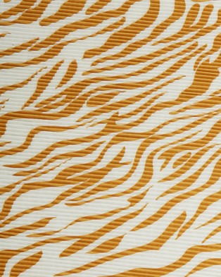 French Connection Tiger Pleated Scarf - Scarves & Gloves (WHITE/YELLOW)