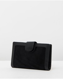 Status Anxiety - Doris Wallet