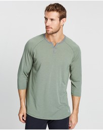 Under Armour - Recovery Sleepwear Henley