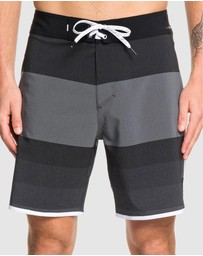 Quiksilver - Mens Highline Tijuana 18