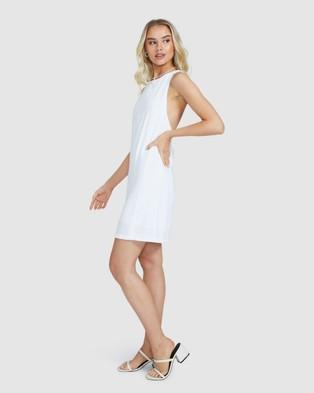 Alice In The Eve Leia Cross Strap Shift Dress - Dresses (WHITE)