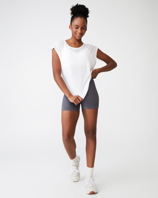 Cotton On Body Active Active Scoop Hem T Shirt - Short Sleeve T-Shirts (White)