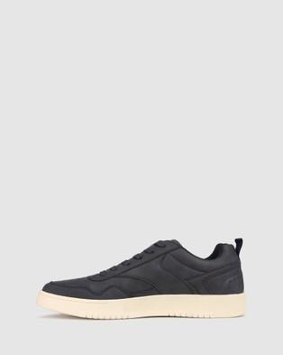 Betts Defend Street Sneaker - Lifestyle Sneakers (Navy)